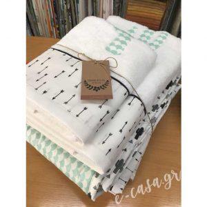Σετ πετσέτες με βελη και κάκτους και μαξιλαρακια για τον Διονύση !