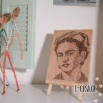 Διακοσμητικό τοίχου πυρογραφία Frida Kahlo γεωμετρικό