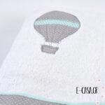 Δώρο βάπτισης κεντημένο αερόστατο γκρι - μέντα