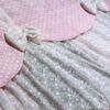 Κουρτίνα με ροζ δαντέλα συνδυασμένη με πουά λαμπρικέν
