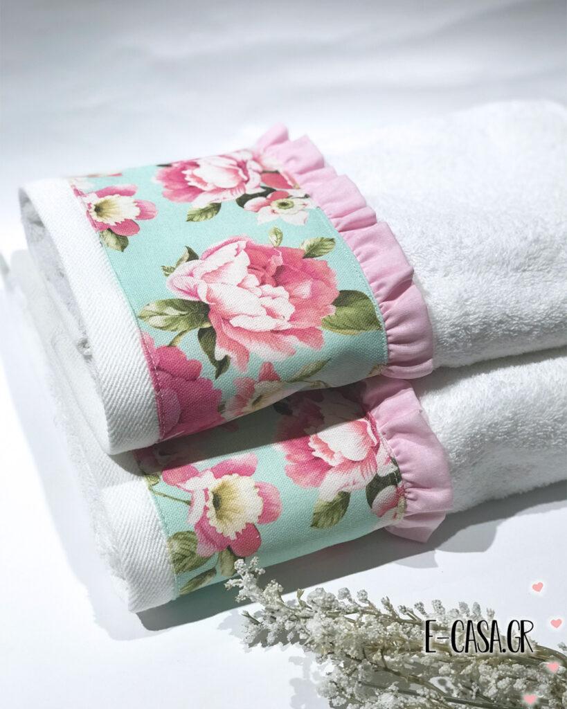 Σετ πετσέτες με φλοραλ φάσα