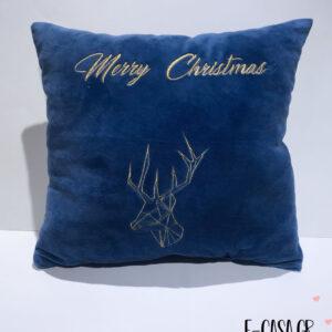 Χριστουγεννιάτικο μαξιλαράκι κεντημένος τάρανδος