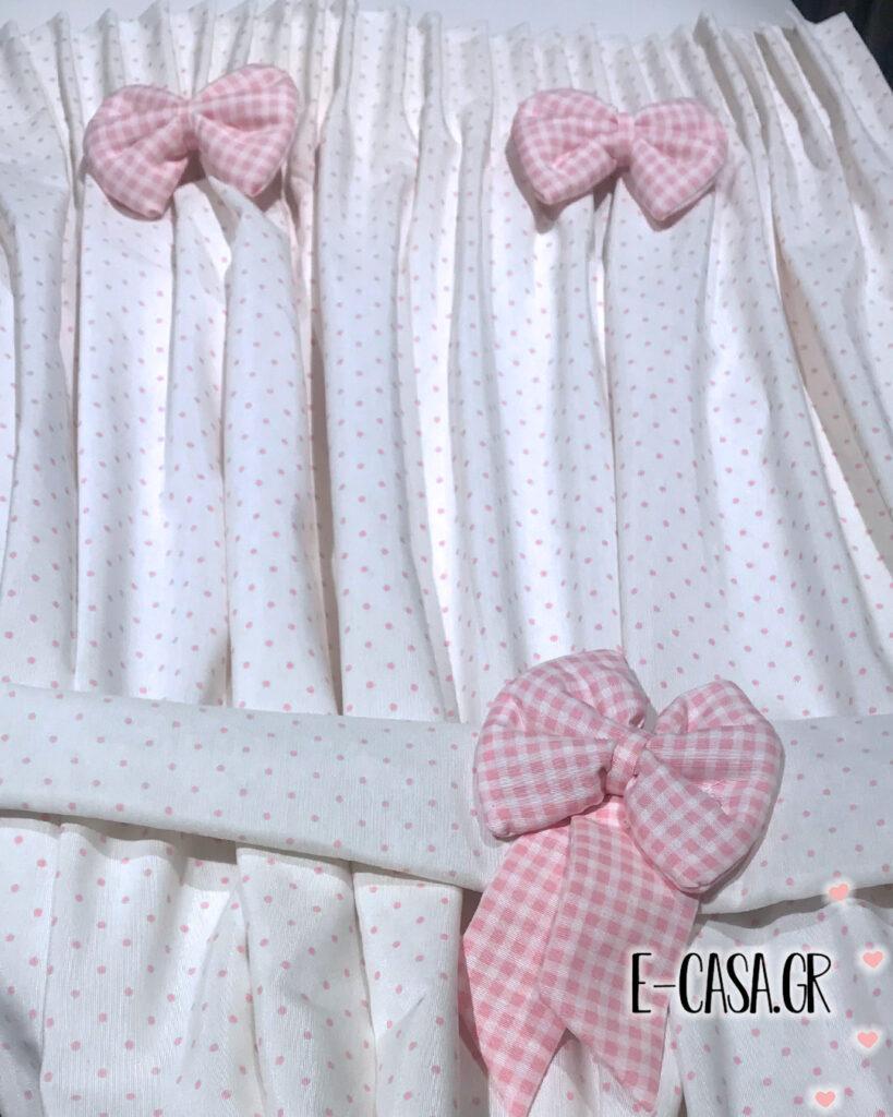Έτοιμες κουρτίνες ροζ πουα με φιόγκους και ασορτί ρόμαν
