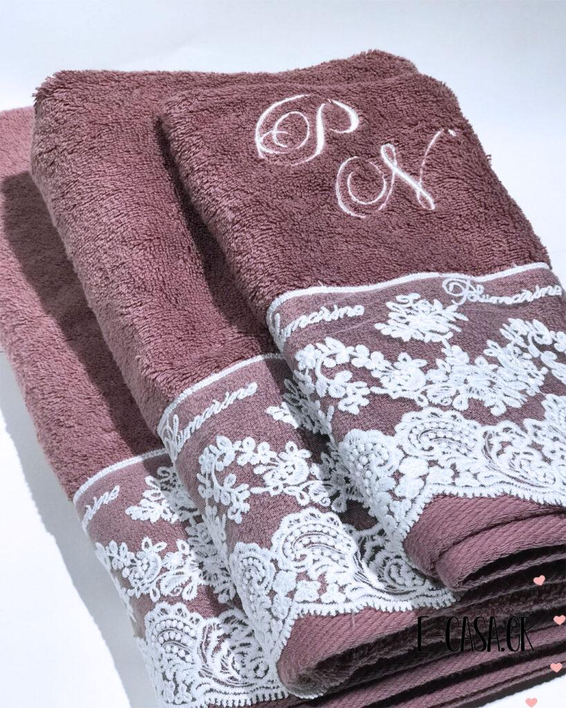 Δώρο γάμου σετ πετσέτες με δαντέλα