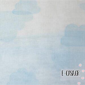 'Υφασμα Γάζα συννεφάκια λευκό με γαλάζιο