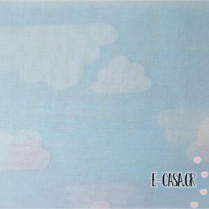 'Υφασμα Γάζα συννεφάκια γαλάζιο με λευκό